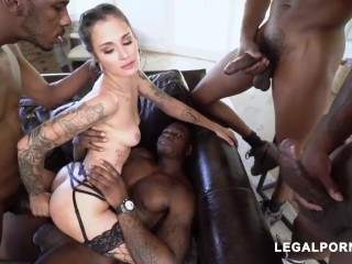 LUNA LOVELY BRUTAL FUCK 4 BBC PART 1/2