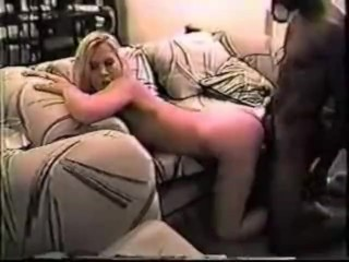 blondie hotwife Samantha has a deep-thrusting session with a BBC