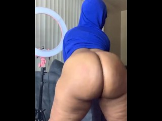 Big Booty YouTube Hauler Twerk