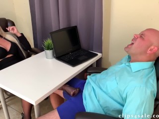 Boss gets a footjob under the table