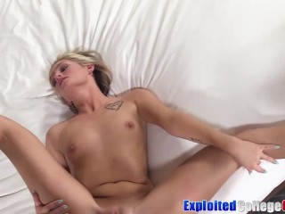 College babe Winter Bell riding penis in a car before facial