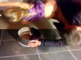 Drunk teens sex in the Disco toillet Stuttgart Penthouse