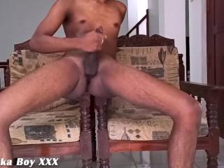 Sri Lanka office masturbating ඔෆිස් එකට අක්කා මාව මෝල්කරා.
