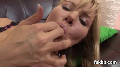 Wacky doll gapes her kitty and loves hardcore fucking