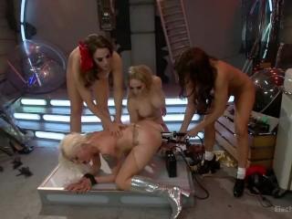 Scifi Electro Bondage Lesbian Fantasy