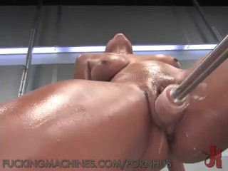 Dylan Ryan Squirting On Some Fucking Machines!