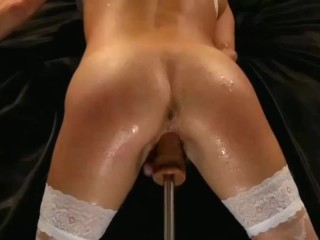 FUCKING MACHINE tears her up wears her out -piss, squirt sprinkle tremblng