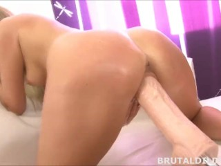 Hot blonde babe fucked by a brutal dildo fucking machine at high speeds