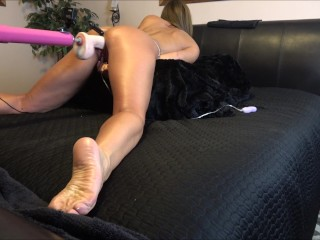 HOT AMATEUR FUCKED HARD BY STRYKER LOVE MACHINES EXPLOSIVE ORGASM