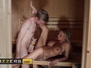Brazzers - Big tit milf Stacey Saran cucks husband with Neighbor