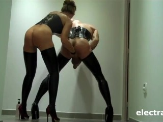 SISSY CD TAKES LATEX FAUST FIST MISTRESS ANAL HIGH HEELS