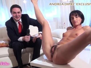Milf shows her bizarre snatch for Andrea Diprè