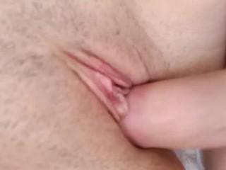 Домашний секс крупным планом | Кончил на красивую киску