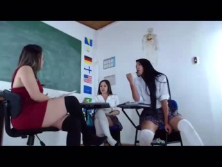 Schoolgirls getting Naughty Showing No Panties Upskirt In Class