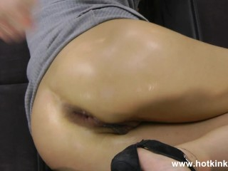 Hotkinkyjo sefl anal fisting her ruined anus hole and prolapse