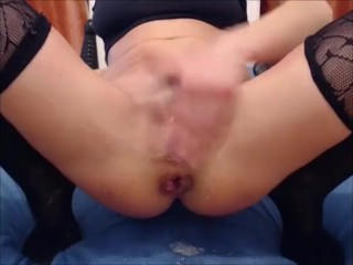 Horny girl prolapse when squirt orgasm