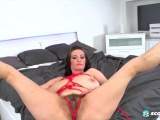 Milf Vanessa Y. BDSM