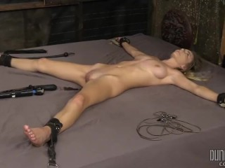 Molly Mae - BDSM - Beast Punishing Beauty