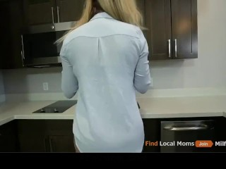BLONDY STEP MOM AND STEP SON HAVE DEEP ROUGH SEX