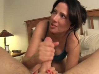 I fucked lonely MILF on vacation