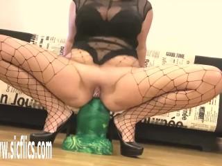 Goliath Dildo Wrecks Her Loose Ass