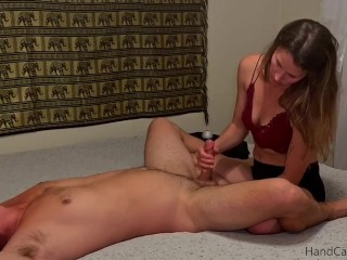 Massage Therapist Gives Extreme Orgasm with Prostate Massage - Hand Careers