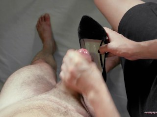Girlfriend handjob, footjob and shoesjob me to fantastic cumshot