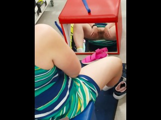 Pawg milf public pussy and ass flashing during shopping