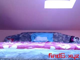 teen cute00kiara flashing pussy on live webcam - 6cam.biz