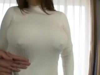 【個人撮影】美爆乳おっぱいを揉みしだく!1