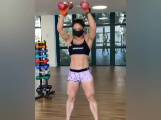 Female muscles (onlyfans com/tuffstuff)
