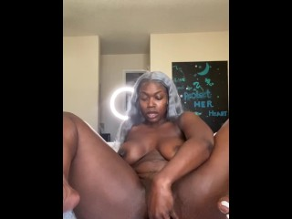 Thick asf ebony onlyfans model buttplug squirt