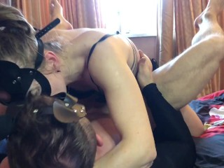 GIRL PASSIONATELY AND HARD PEGGING HIM TO CUMSHOT