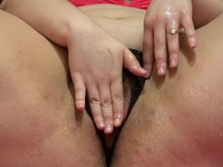 fatty pissing fountain)