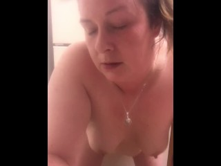 "MARIE LEVINE TAKE 9"" DILDO IN HER ASS WHILE MAKING DINNER"