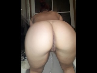 Pissing and some farts