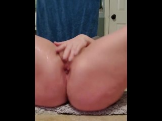 MILE HIGH SQUIRT AND CUMS HARD!