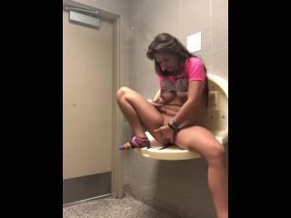 teenie masturbating in public bathroom squirts
